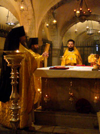 литургия на мощах святого Николая